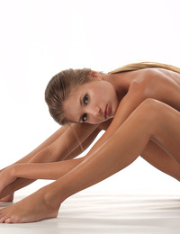 Sofia,Flexible Ballerina,Watch Sofia twist and bend her beautiful tiny nude body into a variety of positions!